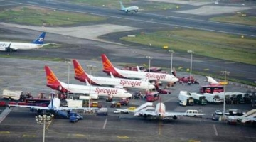 India's domestic passenger traffic falls to 3.1% in March