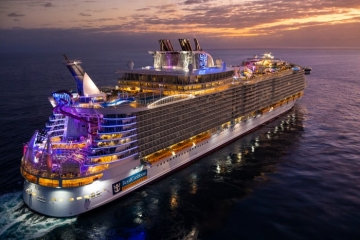 Royal Caribbean Cruises suspends sailing till May 12