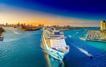 NCL's Norwegian Bliss arriving to Miami