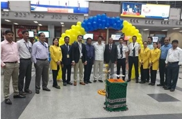 Doing the honours – Lighting the inaugural lamp at the launch of Jet Airways' flight 9W 170 Vishakhapatnam to Delhi