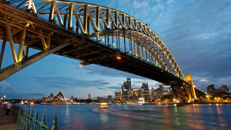 Australia announces online visa applications for Indians