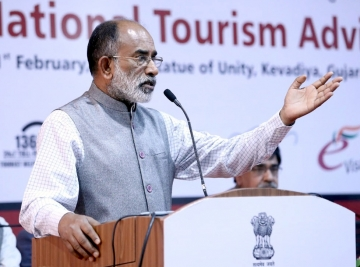"KJ Alphons addressing the 2nd Meeting of the National Tourism Advisory Council (NTAC) at ""Statue of Unity"", Kevadia, in Gujarat"