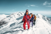 India's 'Everest Twins' to participate in '100% Women Peak Challenge'