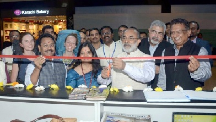 Alphons inaugurates Tourist Facilitation Counter Delhi airport