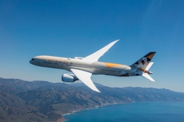 Etihad Celebrates B787 Dreamliner Services to Milan